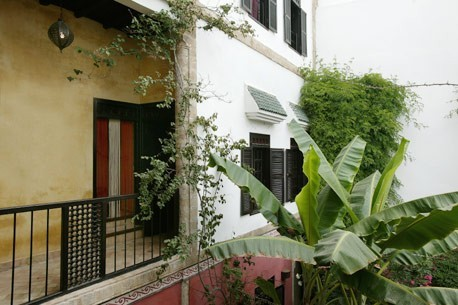 CHARMING RIAD WITH GARDEN