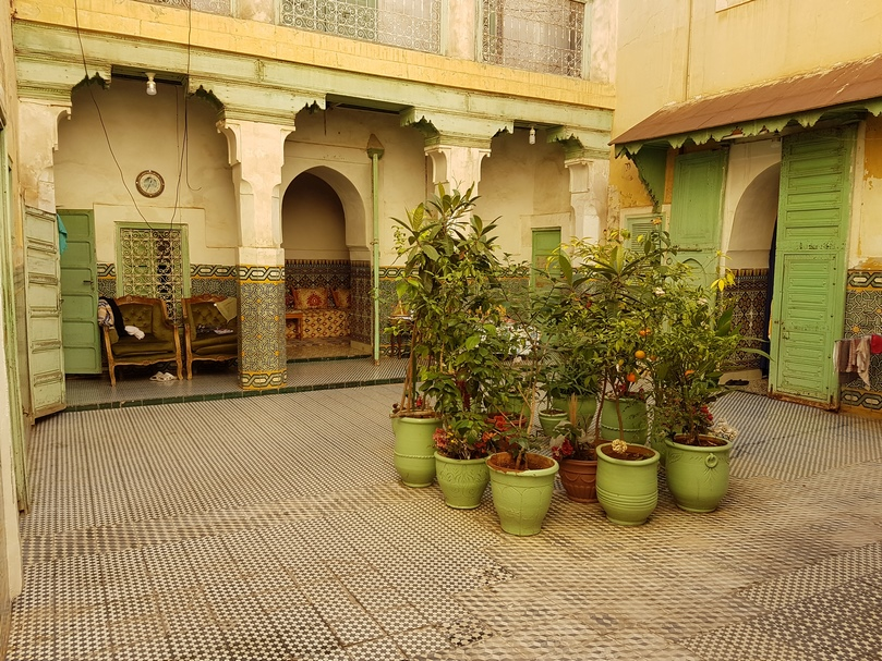 Beautiful area for this Riad to renovate, in the best area of the medina
