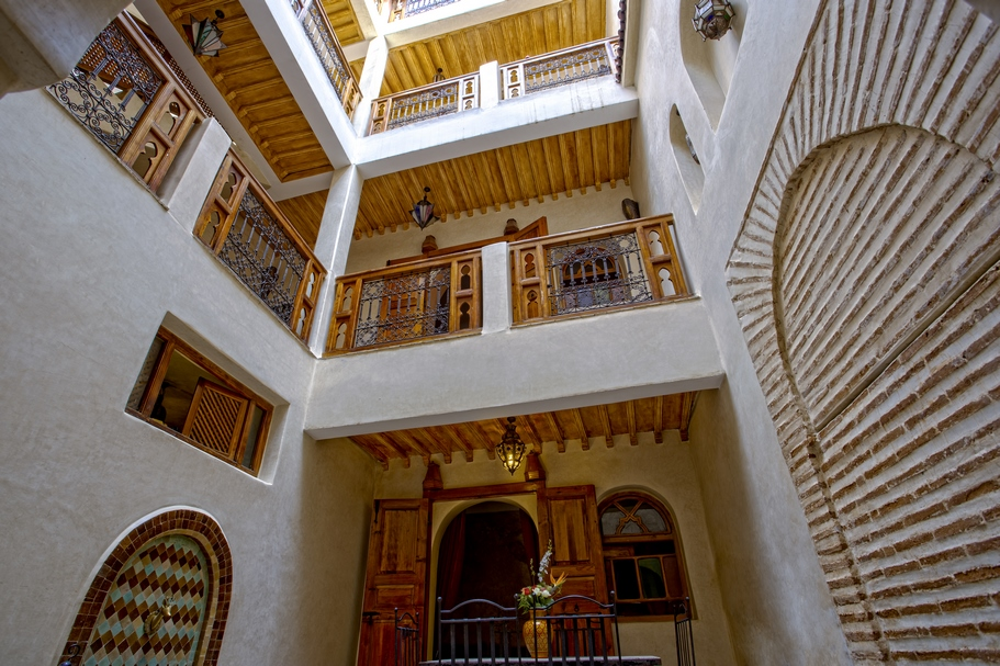 Riad pied à terre in the medina, beautiful finishes, Atlas view